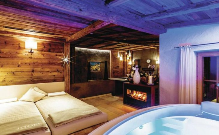 Spa Hotel Jagdhof in Neustift , Austria image 2