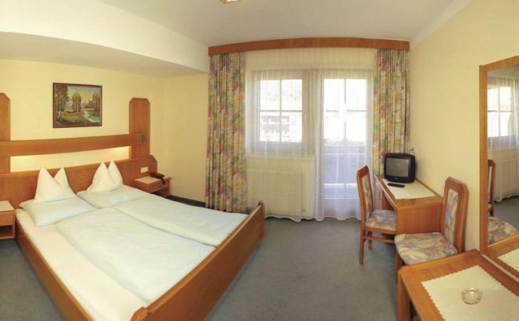 Hotel Simmerlwirt in Niederau , Austria image 10