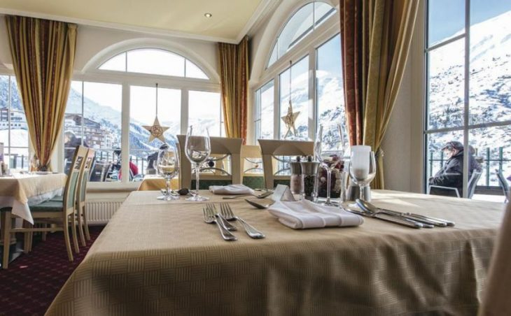 Hotel Alpenaussicht in Obergurgl , Austria image 2