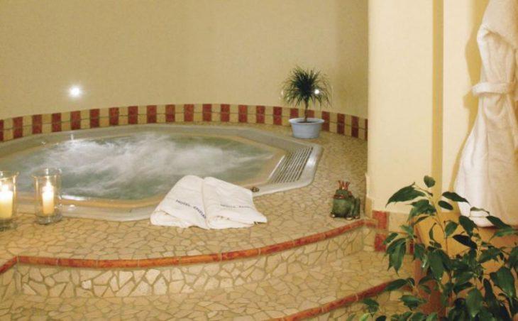 Hotel Enzian in Obergurgl , Austria image 4