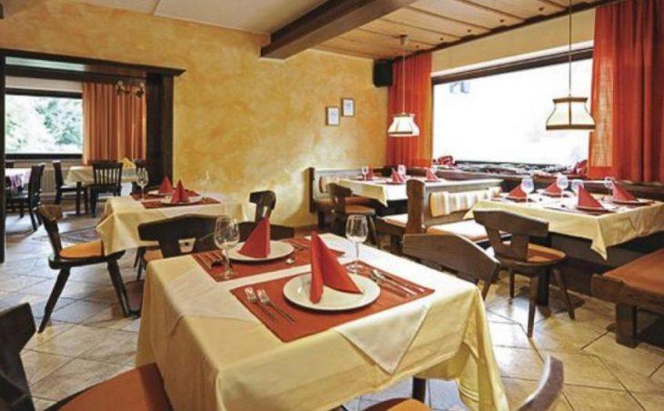 Hotel Panorama Landhaus in Saalbach , Austria image 2