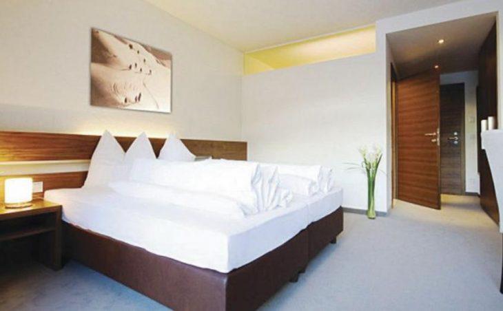 Garni Hotel Rundeck in St Anton , Austria image 4