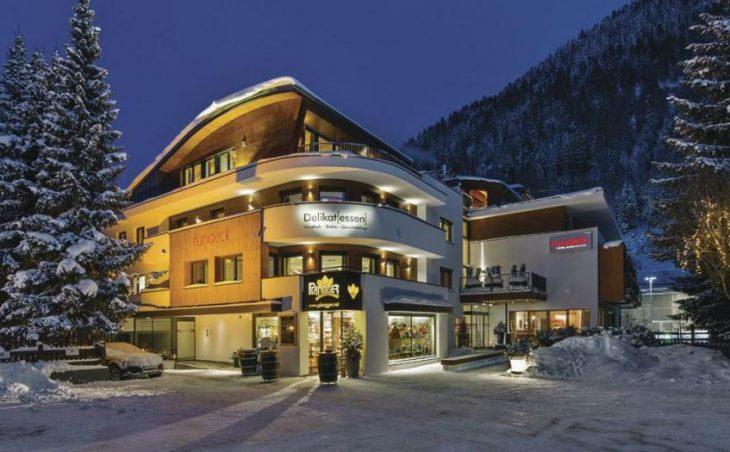 Garni Hotel Rundeck in St Anton , Austria image 1