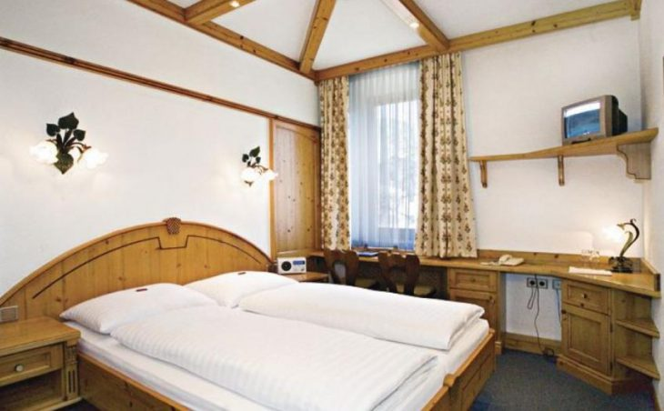 Hotel Neue Post in Zell am See , Austria image 2
