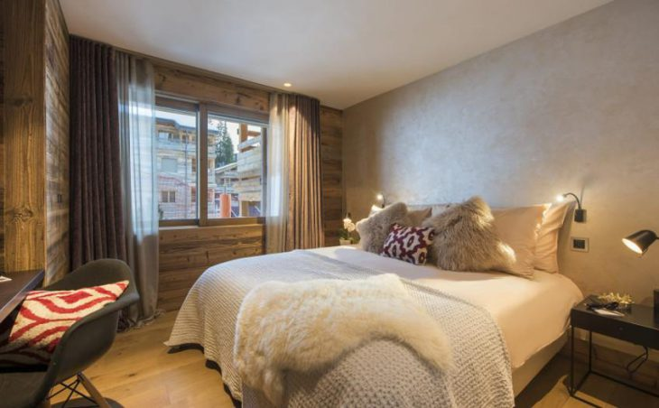 Chalet Agate, Verbier, Double Bedroom 2