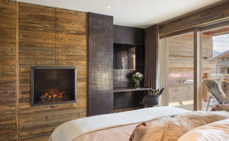 Chalet Agate, Verbier, Double Bedroom