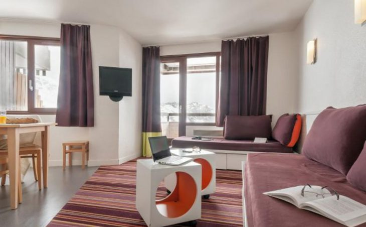 Antares, Avoriaz, Lounge
