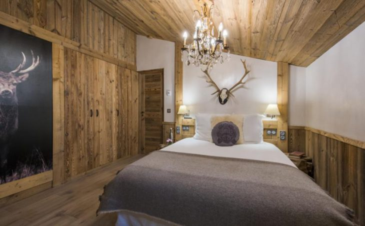 Chalet Barmettes, Val d'Isere, Double Bedroom