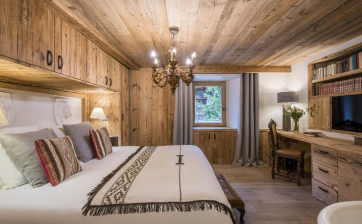 Chalet Barmettes, Val d'Isere, Bedroom 2