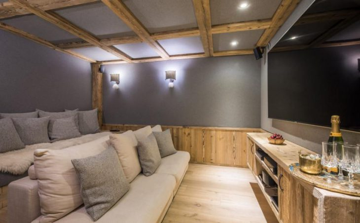 Chalet Barmettes, Val d'Isere, Cinema Room
