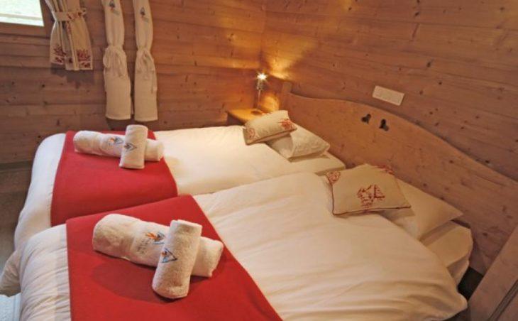Cairn Lodge in Morzine , France image 6