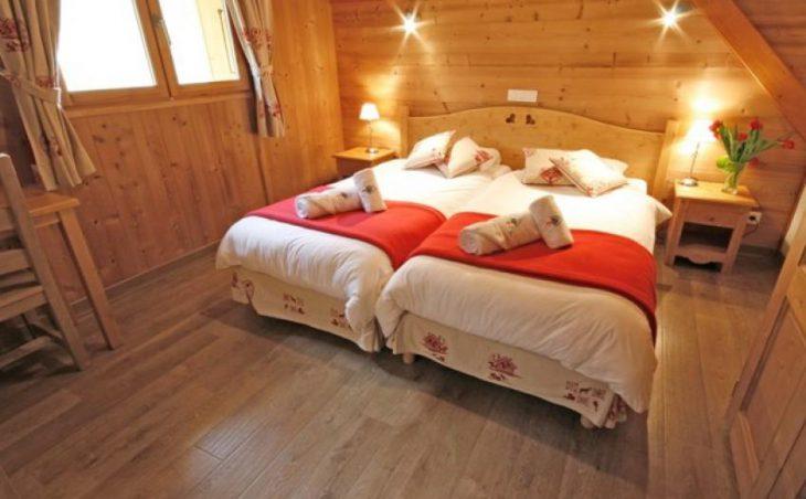 Cairn Lodge in Morzine , France image 4