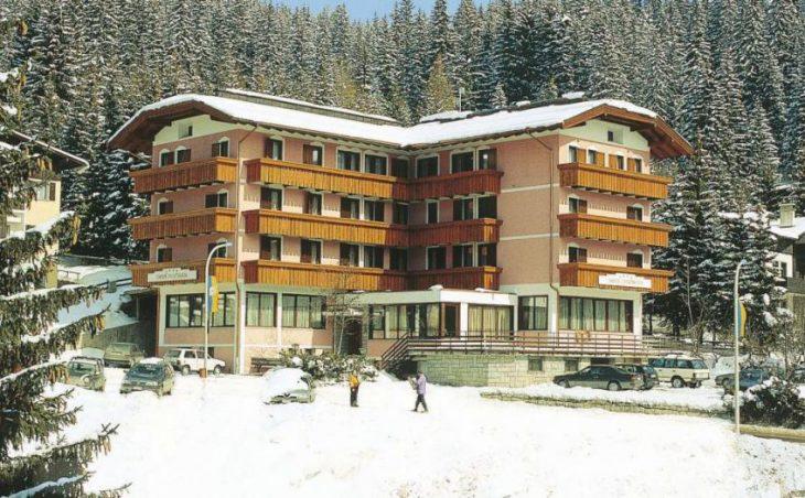 Hotel Cristiania in Madonna Di Campiglio , Italy image 1
