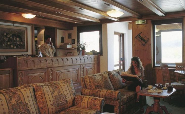 Hotel Chalet des Alpes in Pila , Italy image 3