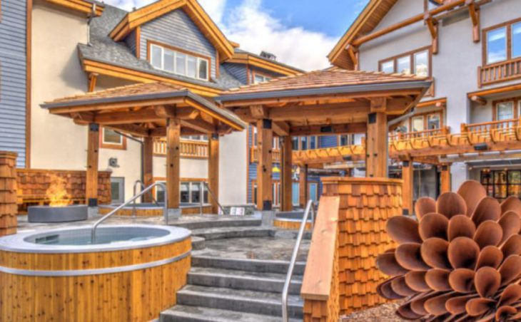 Canalta Lodge, Banff, Canada, External