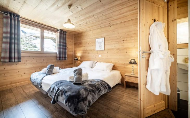 Chalet 10, Morzine, Double Room
