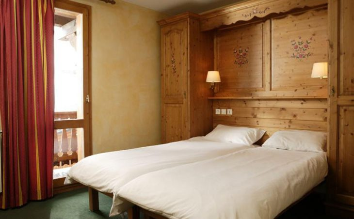 Chalet Abricot, Val Thorens, Double Bedroom