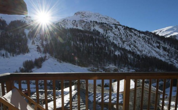 Chalet Amelie, Val d'Isere, Balcony View