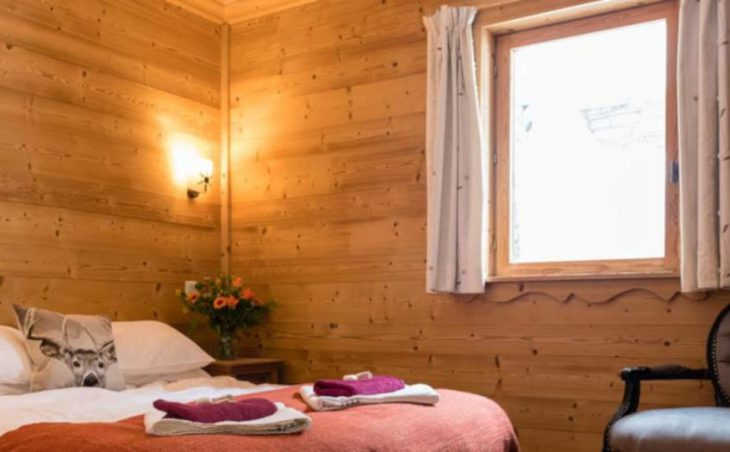 Chalet Amelie, Val d'Isere, Double Bedroom