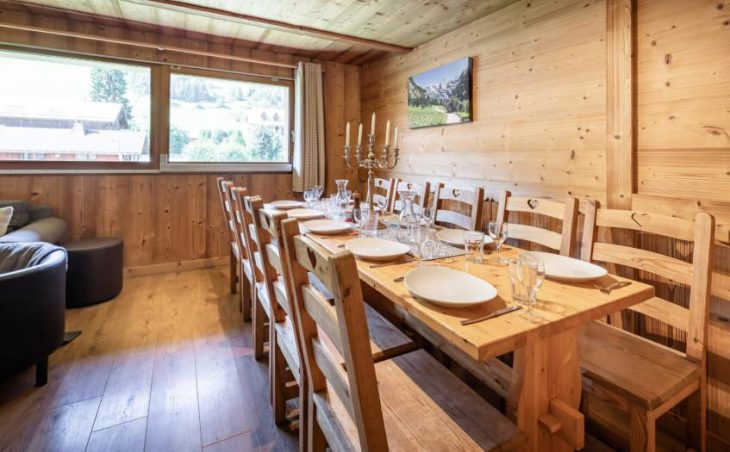 Chalet Apartment Le Rucher, Morzine, Dining Room