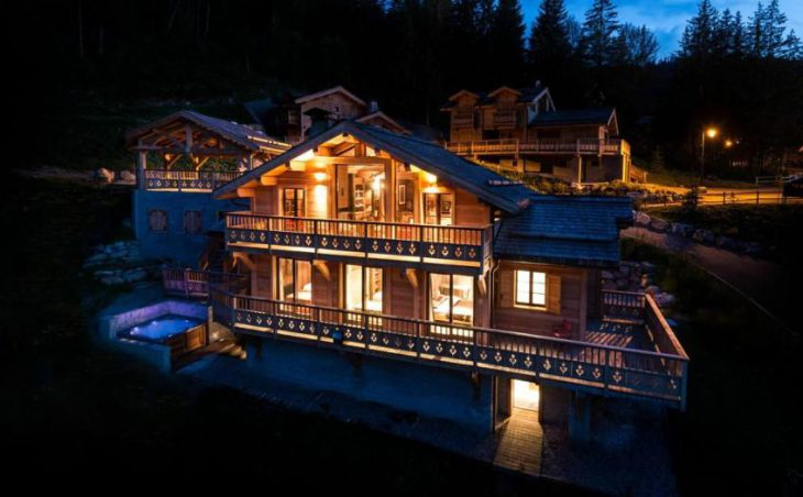 Chalet Belvedere in La Tania , France image 8