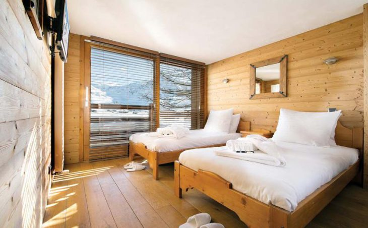 Chalet Cairn, Tignes, France, twin bedded room