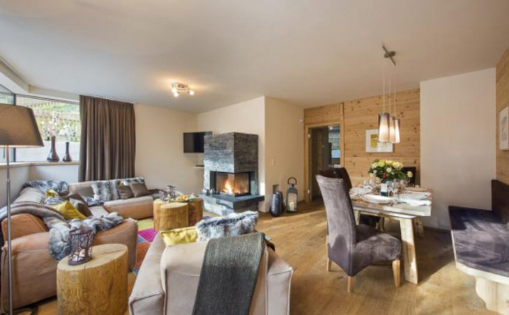 Chalet Cirrus, St Anton, Lounge and Dining Area