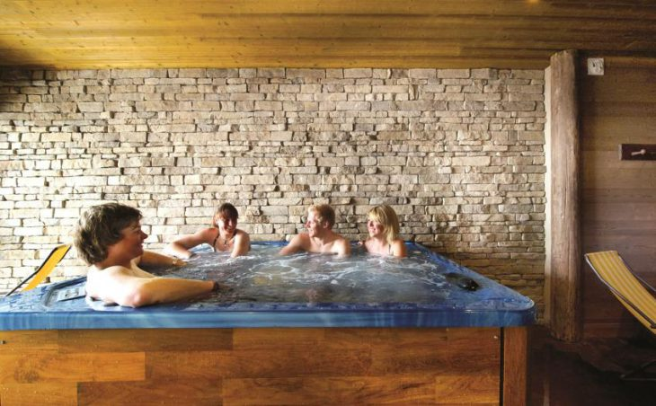 Chalet Corniche, Tignes, Hot Tub