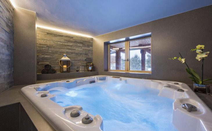 Chalet Delormes in Verbier , Switzerland image 21