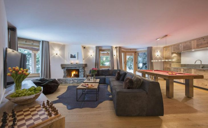 Chalet Delormes in Verbier , Switzerland image 4
