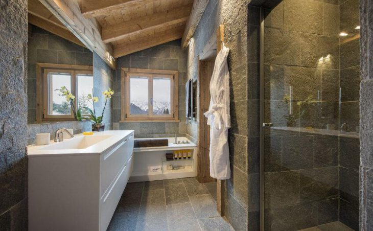 Chalet Delormes in Verbier , Switzerland image 9