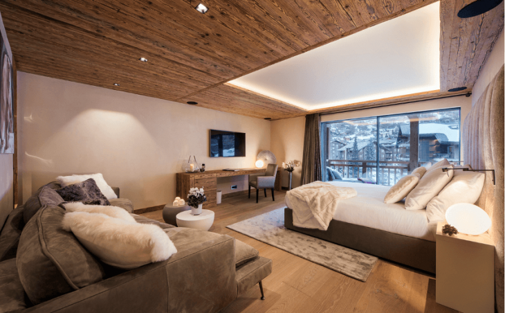 Chalet Elbrus in Zermatt , Switzerland image 4