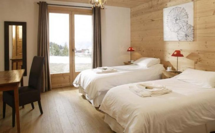 Chalet Estrella, Courchevel, Bedroom