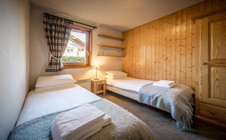 Chalet Grand Sapin, Morzine, Twin Room