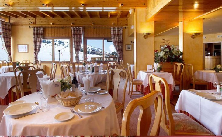 Chalet Hotel Crystal 2000 (Family) in Courchevel , France image 3