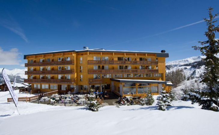 Chalet Hotel Crystal 2000 (Family) in Courchevel , France image 7