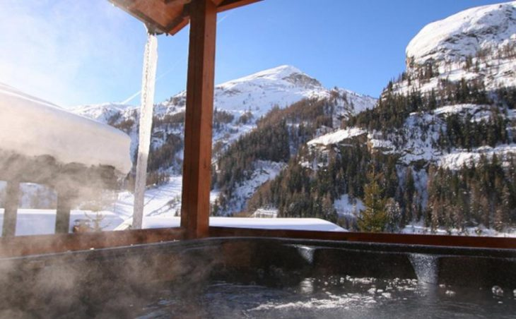 Chalet Isabella, Tignes, Hot Tub