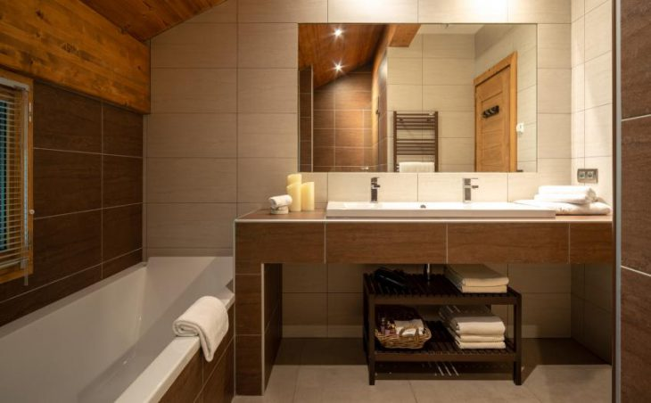 Chalet Kashmir, Meribel, BAthroom