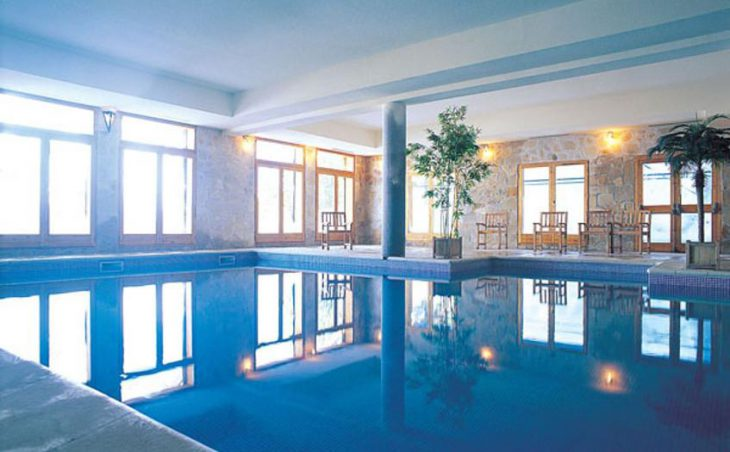 Chalet L'Ours Brun, Les Acrs, France, Swimming pool
