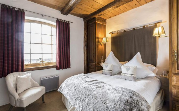 Chalet Bergerie, Val dIsere, Double Bedroom 5
