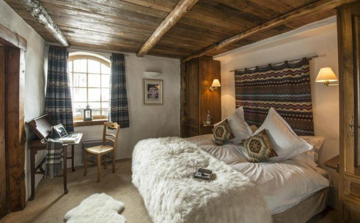Chalet Bergerie, Val dIsere, Double Bedroom 2