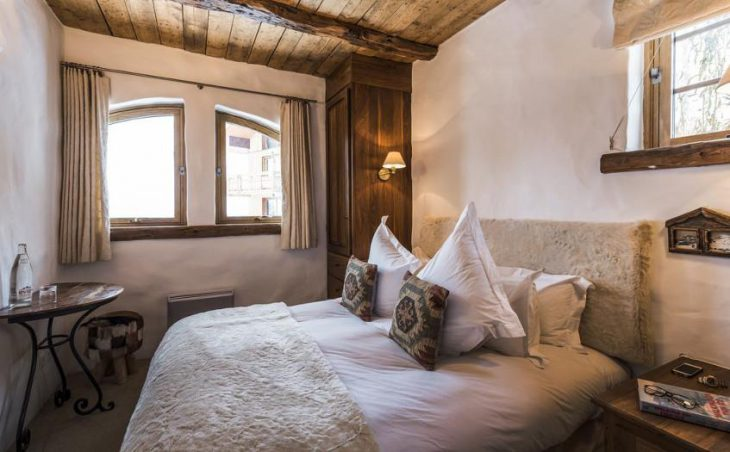 Chalet Bergerie, Val dIsere, Double Bedroom 6