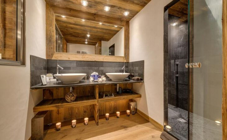 Chalet Lhotse in Val dIsere , France image 2