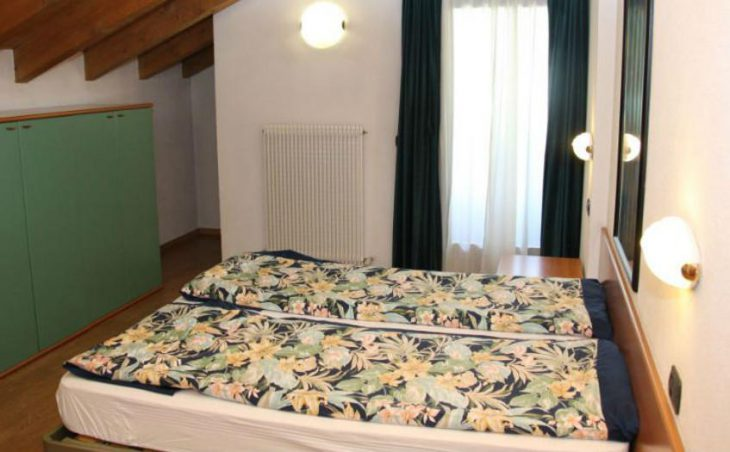 Chalet Living, Livigno, Twin Bedroom 2
