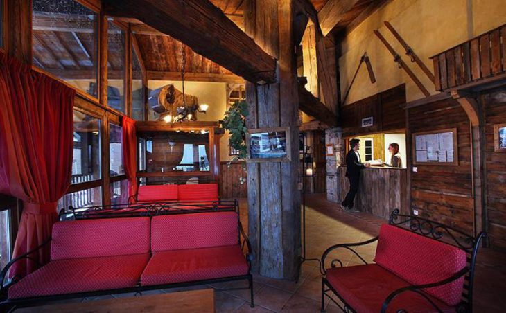 Chalet Loup Blanc, Val Thorens, Lounge
