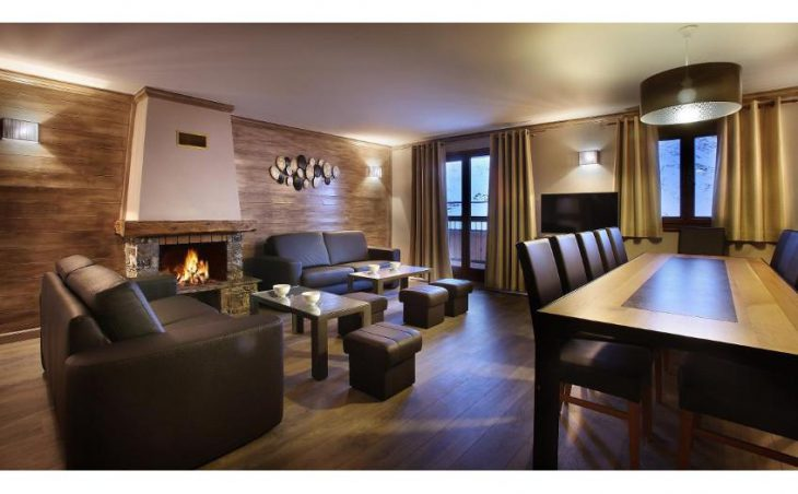 Chalet Loup Blanc, Val Thorens, Lounge 2