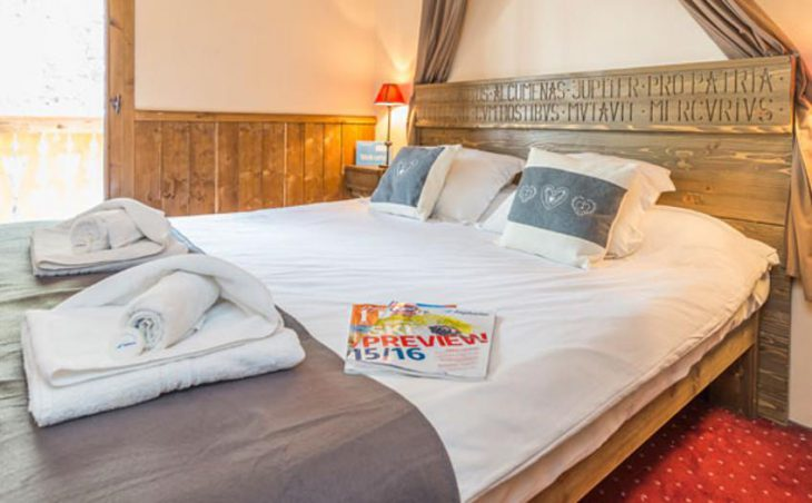 Chalet Marcel, Les Arcs, Double Bedroom 3