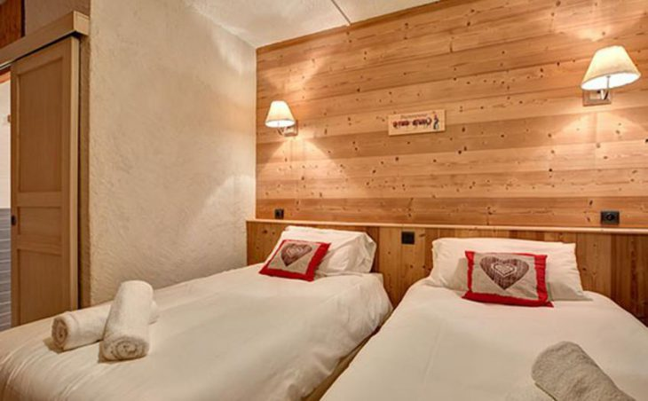 Chalet Martine, Alpe D'Huez, Twin Bedroom