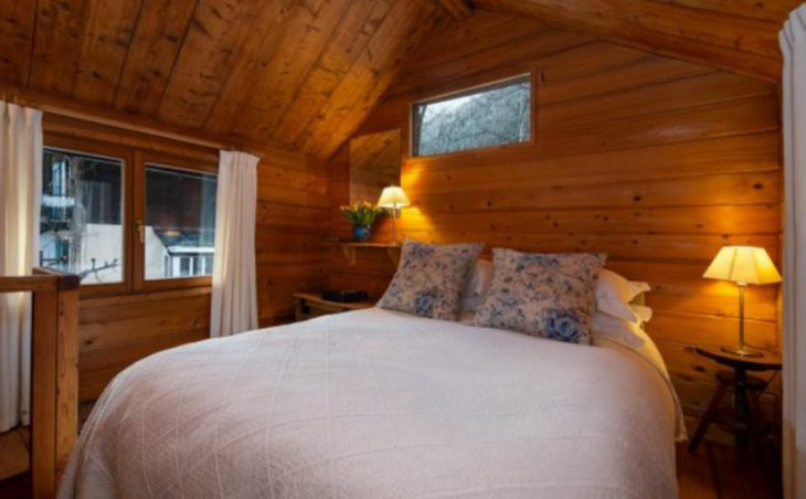 Chalet Mazot Les Tines, Chamonix, Double Bedroom