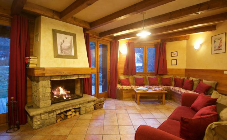 Chalet Morgane, La Tania, Fireplace Lounge